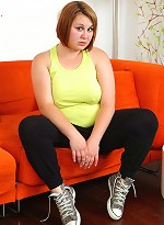 free bbw pics Sporty young fatty doesnt...