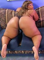 free bbw pics Big black BBW squeezes dick...