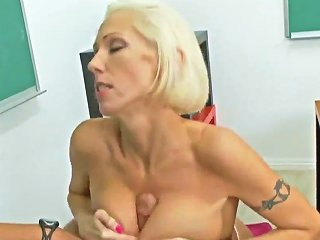 Mature Blond Hottie Kasey Grant Fucked In Classroom By Rocco Reed