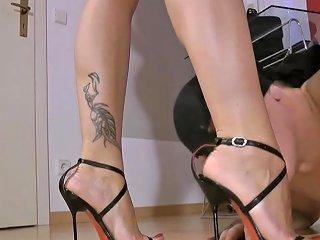 Electra Foot Worship Femdom Hd Porn Video 31 Xhamster