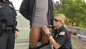 Big Tit Ebony Milf Xxx Break In Attempt Suspect Has To Pulverize His Way