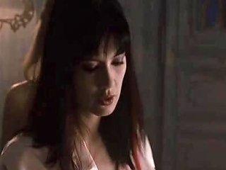 Vampire Hunter Gets A Lesbian Massage Porn Cc Xhamster