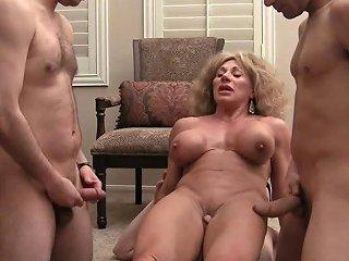 Muscle Bitch Queen 3 Of 4 Free Queening Porn 3b Xhamster