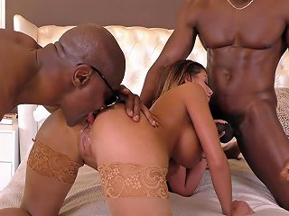 Buxom Brooklyn Chase Is On Her Knees Pleasuring Several D Any Porn