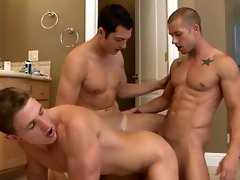 Marcus Mojo in group sex video