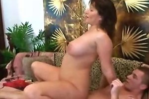 Mommy Big Tits Young Man Free Young Tits Porn Video 12