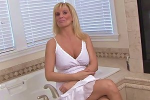 Busty Mature Whore Performs Solo Scene
