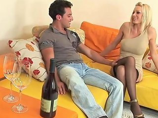 Chesty Mom Holly Sampson Gets Fucked Hot Young Friend