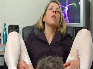 PORNOXO @ Marie Spreads Her Legs