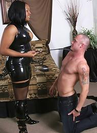 Transex Domina Mistress Madison